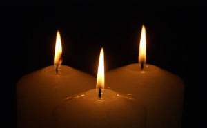 2-three-candles